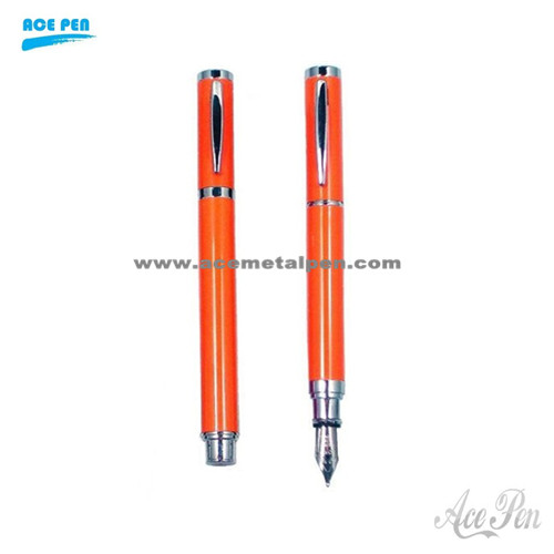 Metal twin pen gift set with roller pen and fountain pen