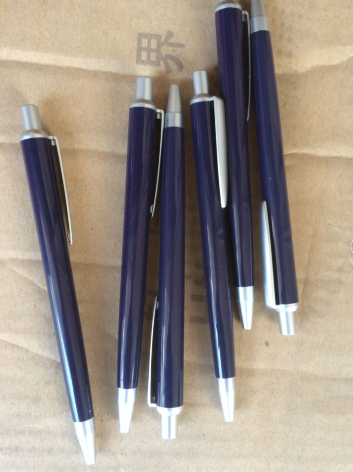 Click Plastic Ball pen for hotel promotion